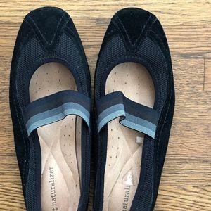 Naturalizer Black Elastic Striped Slip On Sneaker
